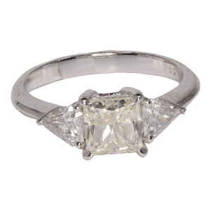18k White Gold Diamond Ring - ID: P620