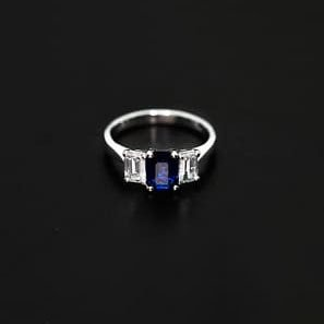 18k White Gold Diamond and Sapphire Engagement Ring - ID: P676