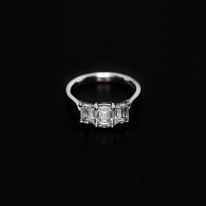 950 Platinum and Diamond Engagement Ring - ID: P353