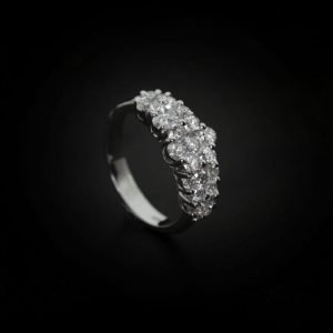 18k White Gold and Diamond Ring - ID: P458